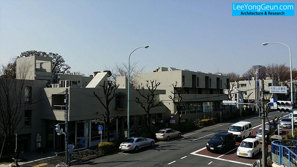 hillside_01